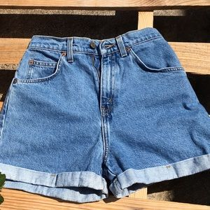 Vintage 💞 Levi's orange tag shorts